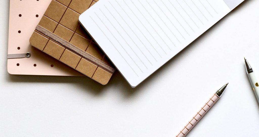 carnet et stylos